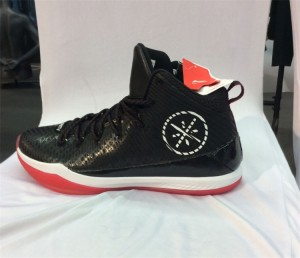 Li Ning Wade All In Team 5 Mid Professional Basketball Shoes - Black/Red