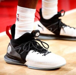Li-Ning 2019 Spring New Way of Wade All in Team 7 Men's Professional Basketball Shoes - White/Black