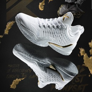 """Anta Klay Thompson 2018 KT3 The Finals """"Home"""" Low Basketball Sneakers"""